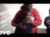 2 Chainz - Uses Dabbin Santa Sweaters to Help a Disabled Veteran from Eviction